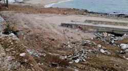 В Одессе начали ремонтировать подпорные стены у пляжа Дельфин