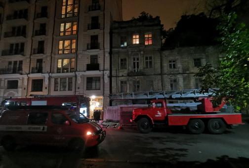 Ночной пожар в Одессе у Оперного театра