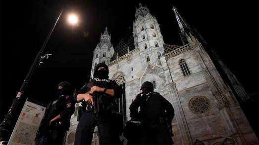 """Российская пропаганда продолжает раскручивать """"религиозный"""" фактор теракта в Австрии"""