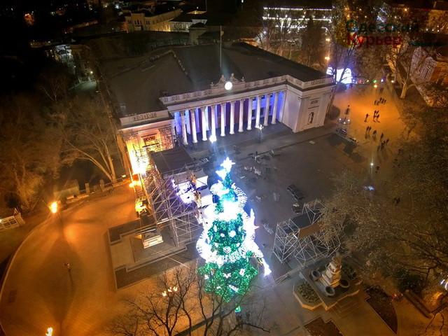 Новогодние праздники в Одессе пройдут без массовых мероприятий