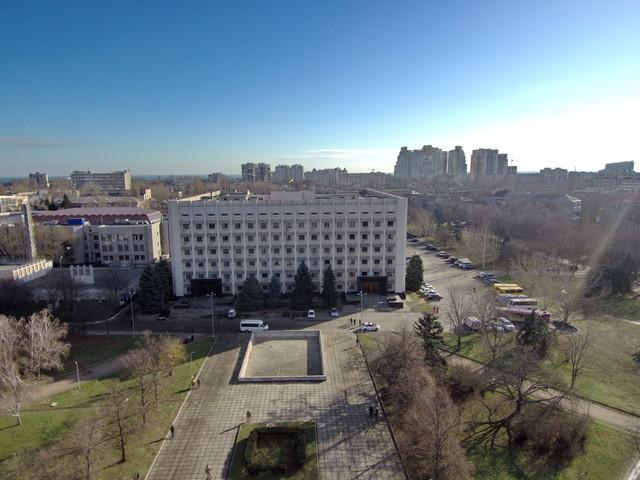 На лидерство в Одесском районном совете претендуют Барвиненко и Магазинник