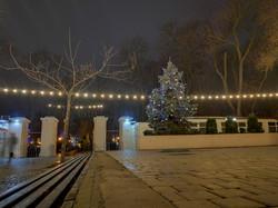 "В Одессе открыли ""резиденции"" Деда Мороза и Санта Клауса"