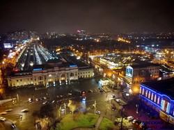 Красивая ночная Одесса: вокзал и его окрестности (ФОТО, ВИДЕО)