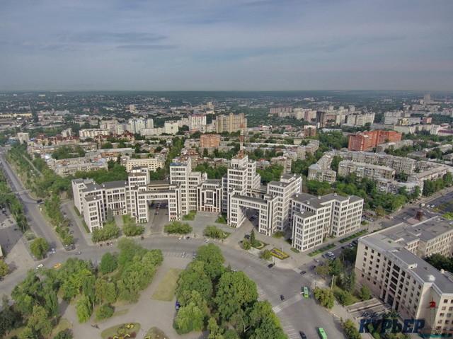 Мэры Одессы и Киева съехались в Харьков хоронить Кернеса