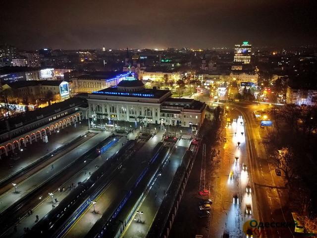 В Одессе одновременно проходят две сессии