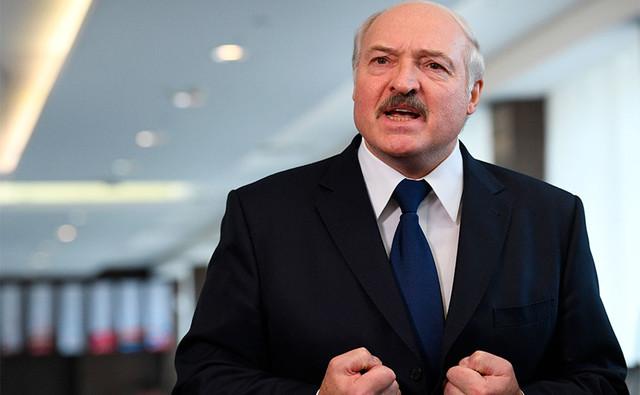 Александр Лукашенко нападками на Украину пытается выслужиться перед Москвой