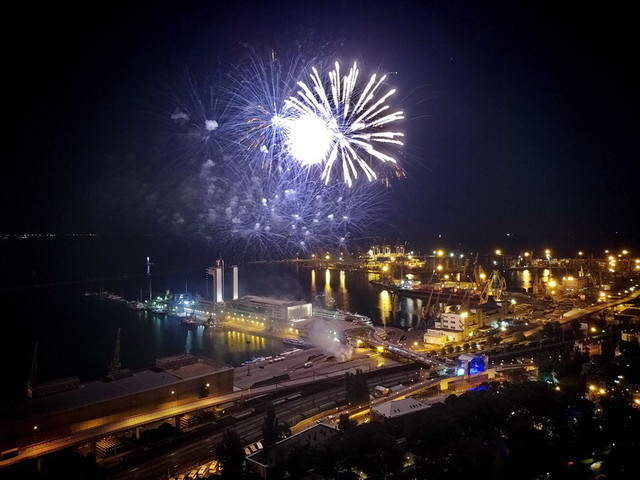 Где пройдут новогодние салюты в Одессе