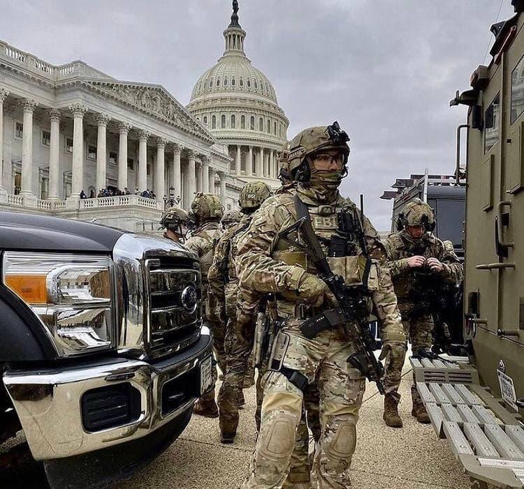 Призраки маргинального штурма Капитолия в Вашингтоне