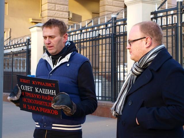 Как слить все проекты российских спецслужб в одном интервью – мастер-класс Олега Кашина