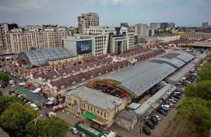 """В Одессе на """"Привозе"""" собираются строить еще один паркинг и торговый корпус"""