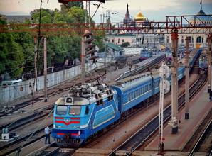 Одесситы могут купить билет на поезд в чат-ботах популярных мессенджеров