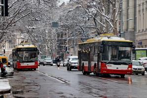 Снегопад не смог остановить общественный транспорт Одессы (ФОТО, ВИДЕО)