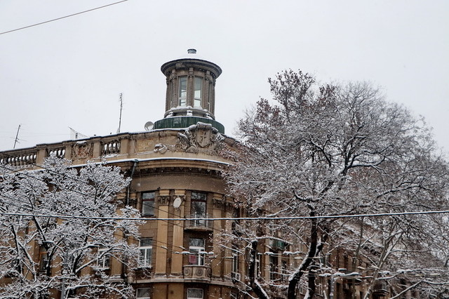 Зима: одесситам угрожают гололед и сосули