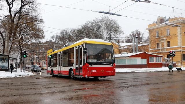 Что не так с новым законопроектом о городском транспорте и как против него выступают лоббисты маршруток