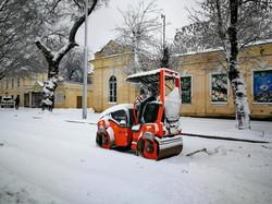 Снежный циклон продолжает бушевать над Одессой (ФОТО, ВИДЕО)