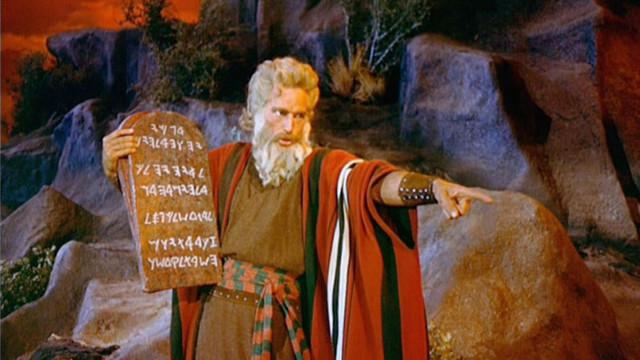 Нужно ли уточнить заповеди Божьи?