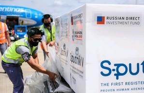 Россия скупает похвалы вакцины Спутник-V у СМИ и экспертов по всему миру