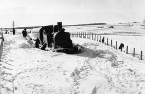 Под Одессой 120 лет назад застряли в снегу на несколько дней пассажирские поезда