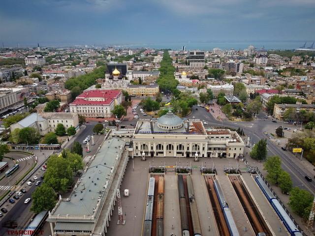 Министр инфраструктуры хочет отдать вокзал в Одессе частному инвестору