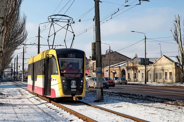 Министр снова пиарится на закупках трамваев для Одессы