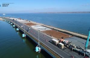 Мост через Хаджибейский лиман на трассе Одесса - Киев будет готов весной (ВИДЕО)