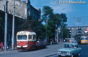 Трамваи Одессы советского времени показали на снимках иностранных туристов (ВИДЕО)