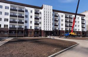 В Одессе заканчивают реконструкцию жилого дома для военных
