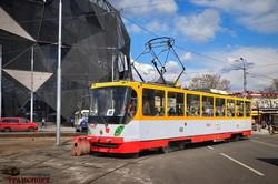 В Одессе трамваи уже пошли по новым рельсам на Водопроводной (ВИДЕО)