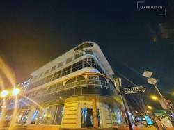 В Одессе начало рушиться здание на углу Дерибасовской и Екатерининской