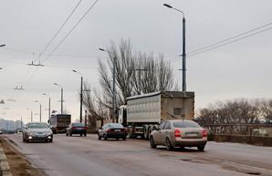 В Одессе запретили движение грузовиков по основным магистралям в часы пик