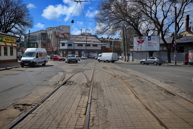 В Одессе ремонтируют дороги в пятницу