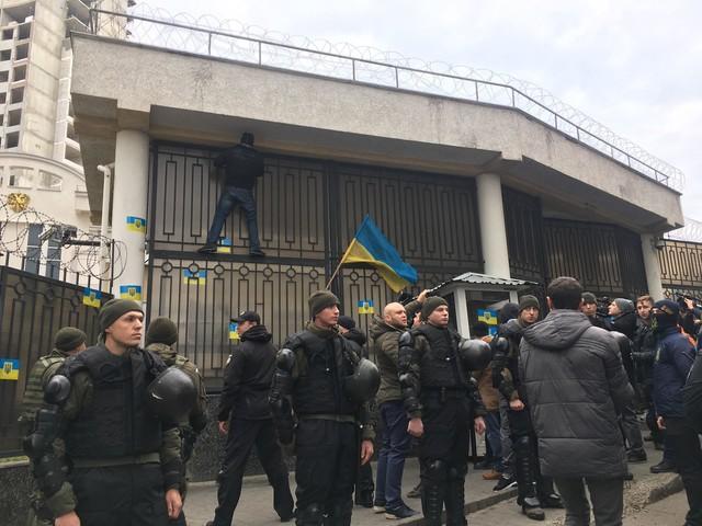 Консул России в Одессе стал персоной нон-грата