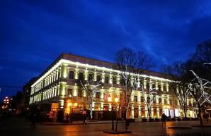 В Одессе завершили ремонт памятника архитектуры на Дерибасовской (ФОТО)