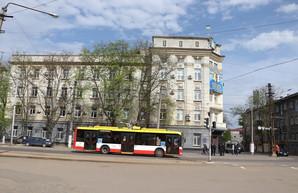 В Одессе ремонтируют дороги 12 мая