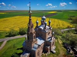 Один из самых необычных храмов Одесской области в Покровке показали с высоты (ВИДЕО)
