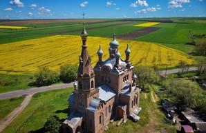 Один из самых необычных храмов Одесской области показали с высоты (ВИДЕО)