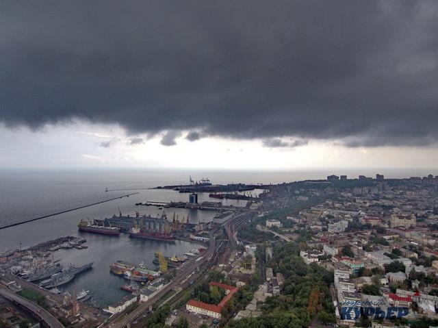 В Одессе на выходных будет тепло и облачно