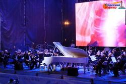 В Одессе показали с высоты концерт классической музыки на фестивале Odessa Classics (ВИДЕО)