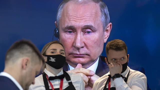 """Производство """"Спутник V"""" в других странах: технологическая ограниченность России и хромающее качество вакцины"""