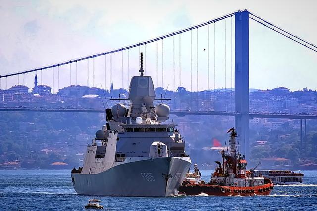 В Одессе ожидается визит боевых кораблей Великобритании и Нидерландов