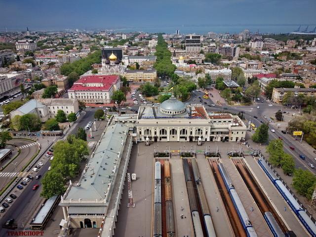 На одесском железнодорожном вокзале в августе будут сдавать в аренду помещения
