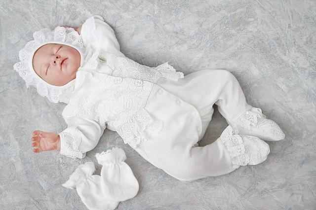 Одесская жара: как безопасно одеть новорожденного летом