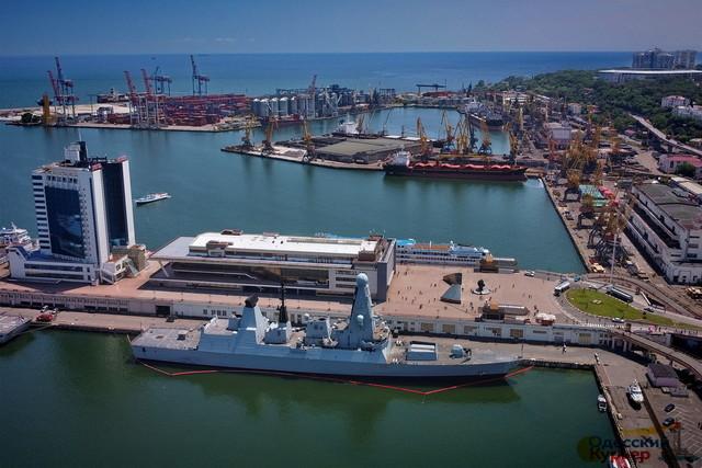 В Одессе подпишут договор о передаче для украинского флота британских тральщиков