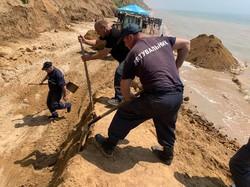 В Одесской области произошел масштабный оползень на берегу моря
