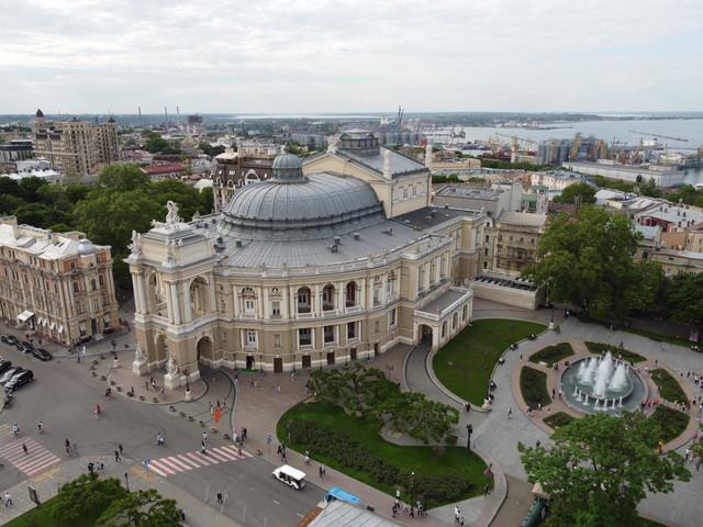 В Одесском оперном театре ввели дресс-код для зрителей