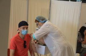 В Одесской области вакцинировали от ковида более 116 тысяч человек