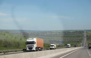 В правительстве предлагают сделать проезд по дорогам для тяжелых грузовиков платным