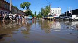 В Одессе затопило район Пересыпи (ФОТО)