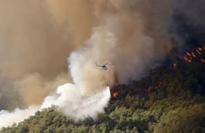 Пожары в Турции: из Одессы вылетели пожарные самолеты, а украинцам рекомендовано не ехать в Турцию