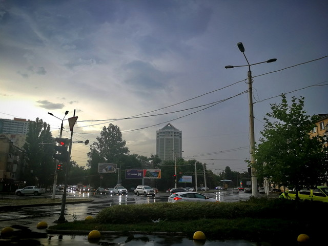 В Одесской области обесточены 18 населенных пунктов из-за непогоды